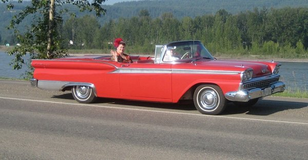 1959 Ford Fairlane 500 retractable hard top owned by Jim Turner